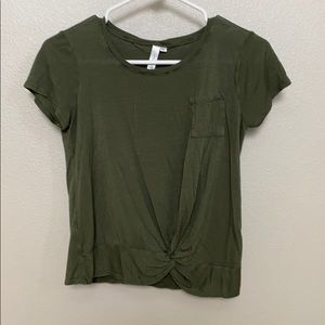 tilly's olive tee shirt